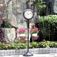 China 15in Double-Sided Weather Station and Plant Hanger outdoor floor clock garden clock metal diy clock on sale