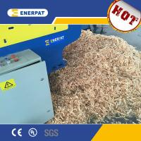 China Hydraulic Wood Shaving Making Machine with UK Brand for Animal Bedding on sale