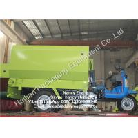 Quality Small Scale Dairy Farm TMR Mixer Vertical Silage Tricycle Spreader for sale