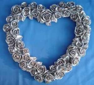 Quality polyresin Valentine