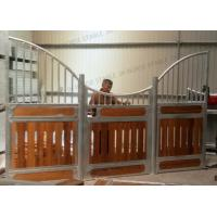 China Luxury European Cheap indoor sliding Horse Barn Box Stall Fronts canada on sale