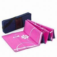 Quality PVC Fold Yoga Mat, Customized Designs are Welcome for sale