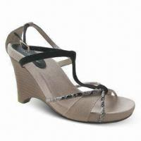 Quality Women's Sandals, Fashionable Design, Available in Beige and Black for sale