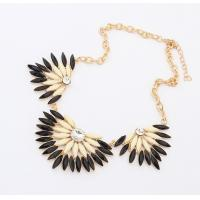 Quality 2014 fashion wholesale riband chain crystal resin necklace for sale