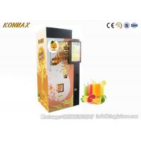 Quality Coins And Notes Acceptors Orange Juice Vending Machine With Smart Change System for sale