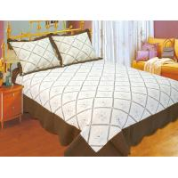 Quality Embroidered Quilts Solid With Brown Border , Quick Drying Double Quilt Cover Set for sale