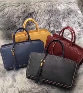 China 2018 newest design original manufacturer lady tassel leather handbag on sale