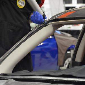 Quality 1.35 G/Ml Transparent Pu Silicone Sealant Car Window Repairing Sealant for sale