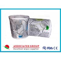 Quality Flushable Wet Wipes Rolls For Household Toilet Use , Slight Scented Wet Wipes for sale