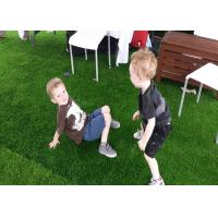 22mm Natural Looking Artificial Grass S Shape 17890 Tufts / Sqm UV Resistant
