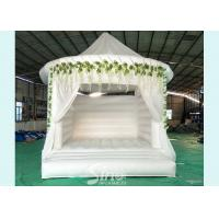Quality 5x4 inflatable wedding white bouncy castle with flower decoration for wedding parties or events for sale