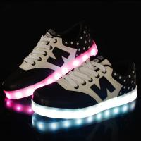 China Hot Sale New Design Flyknit Led Shoes with 7 led colors led shose on sale