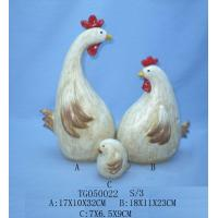 Quality Handmade Carved Polyresin Figurine , Resin Chicken Figurines For Garden Decor for sale