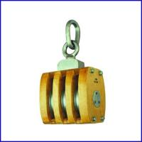 China B139 JIS Marine Wooden Block Triple Sheave Pulley With Connected Link for sale