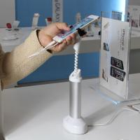 COMER table mounted Mobile phone cable lock holder for retail display, with Alarm function