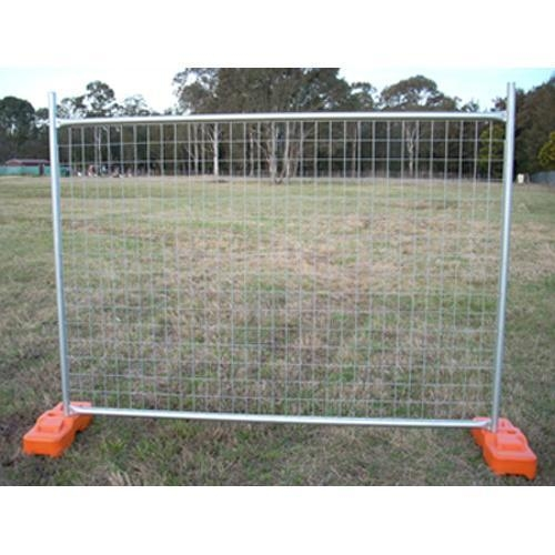 Temporary fencing security fence road side pool