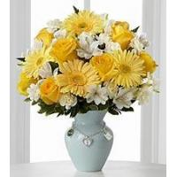Quality Yellow rose and white carnation NO.52 shanghai flower delivery for sale