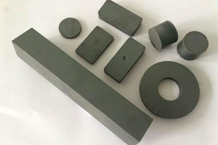 Buy Magnetic Material Ferrite/Ceramic Magnets at wholesale prices