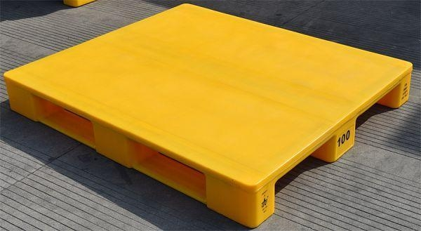 China Euro Size 1200x800x150mm Food Grade Smooth Deck Plastic Pallet with Anti-slip