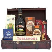 Quality Corporate Gifts Cream and Chocolate Gift Basket for sale
