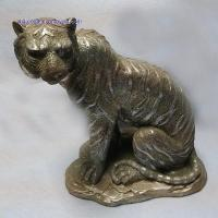 Quality RK12ST006 14 Inch Silver Resin Sitting Tiger Statue for sale
