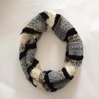 Quality Women multi feather yarn&chenille strip snood for sale