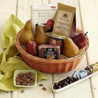 Quality Gourmet Gifts & Sweets Best with Wine Basket for sale