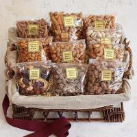 Quality Gourmet Gifts & Sweets Deluxe Snack Attack for sale