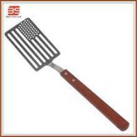 Quality Stainless steel bbq tool wooden handle strainer spatula food spatula in national flag for sale