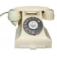 Quality Culture 1950s Bakelite Telephone in Ivory for sale